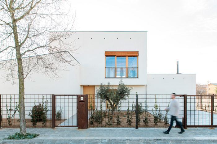 Som un estudi d'arquitectes de Girona. Benvinguts a undos arquitectura cooperativa!